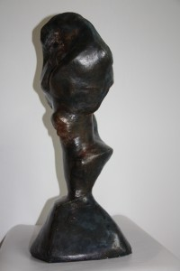 VAGUE A LA FEMME - Plâtre armé pâtiné - 55x30x20 cm - 6 kg
