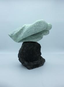 VERTIGO - Stéatite - Sculpture : 30 cm - Socle : 28xH28x17 cm